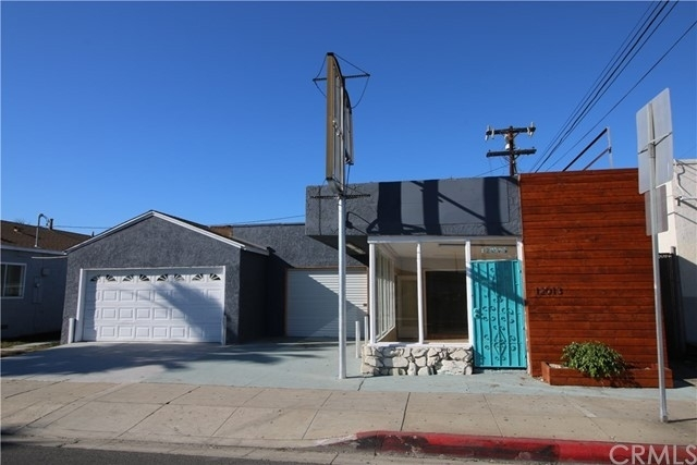 Commercial / Office for Sale at North Hawthorne, Hawthorne, CA 90250
