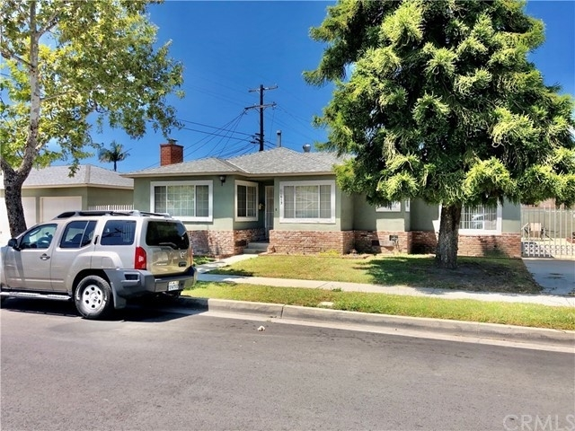 Multi Family Townhouse for Sale at East Hawthorne, Hawthorne, CA 90250