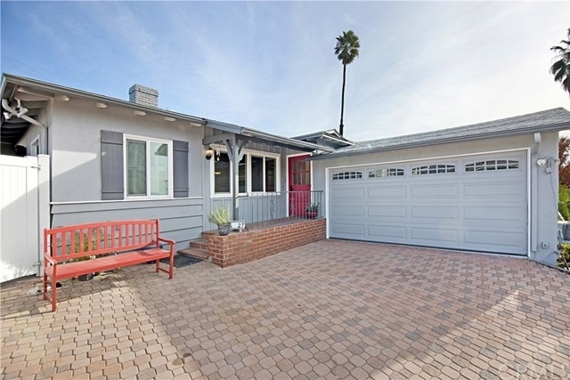 Single Family Home for Sale at Montrose, CA 91020