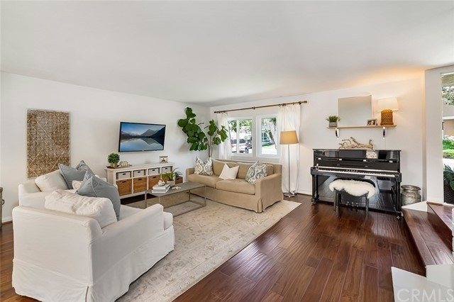 2. Single Family Homes por un Venta en North Bluff, Newport Beach, CA 92660