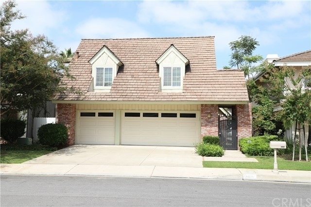 Property 在 North Costa Mesa District, Costa Mesa, CA 92626