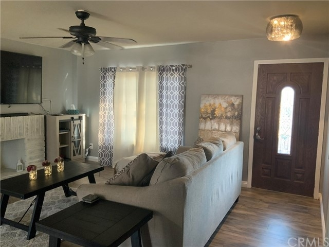 3. Single Family Homes por un Venta en North Park, San Bernardino, CA 92407