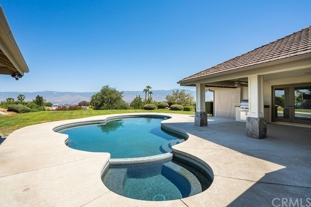 Single Family Home for Sale at San Timeteo Live Oak Canyon, Redlands, CA 92373