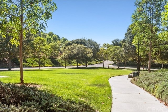 33. Single Family Homes pour l Vente à Quail Hill, Irvine, CA 92603
