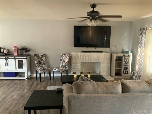 4. Single Family Homes por un Venta en North Park, San Bernardino, CA 92407