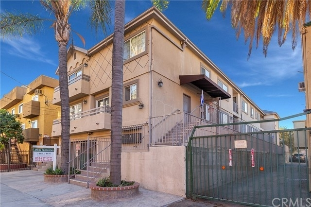 Multi Family Townhouse for Sale at Noho Arts District, North Hollywood, CA 91601