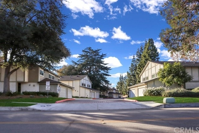 22. Single Family Homes 為 特賣 在 Oakmont, Claremont, CA 91711