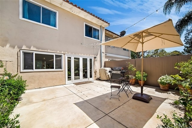 16. Single Family Homes por un Venta en North Bluff, Newport Beach, CA 92660