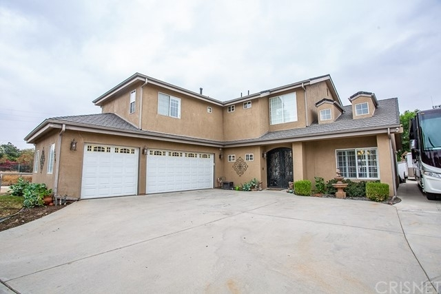 Single Family Home for Sale at Sylmar, CA 91342
