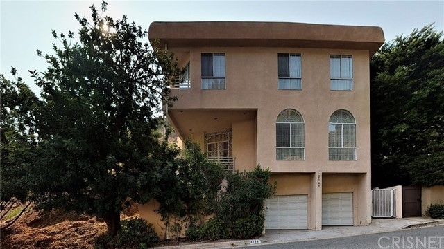 Single Family Home for Sale at Outpost, Los Angeles, CA 90068