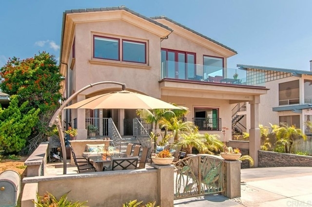 Multi Family Townhouse for Sale at North Beach, Carlsbad, CA 92008
