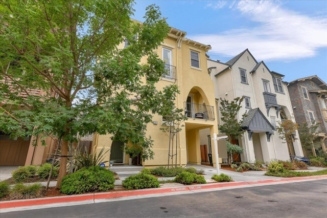 Single Family Home for Sale at Old Mountain Views, Mountain View, CA 94041