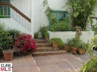 Property at 8562 WEST KNOLL Dr, 8 West Hollywood