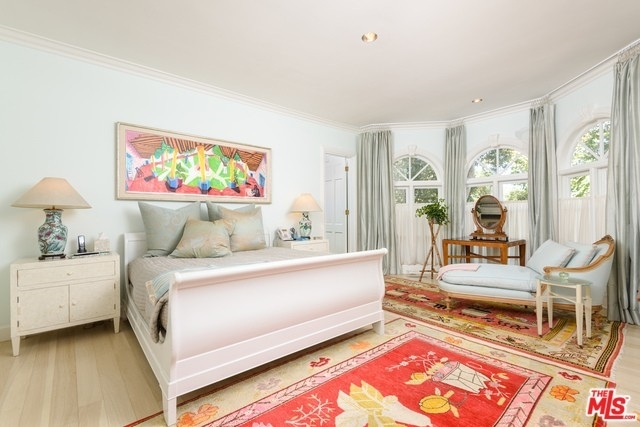 37. Single Family Homes for Sale at Brentwood, Los Angeles, CA 90049
