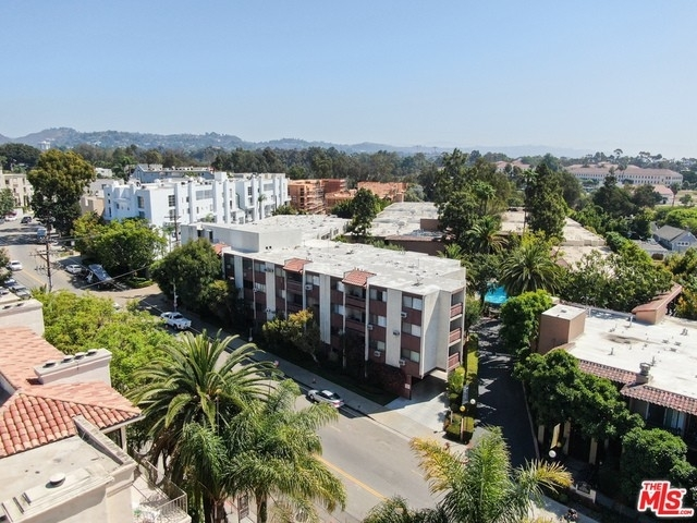 34. Rentals en 530 S Barrington Ave, 304 Los Angeles