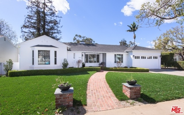 1. Rentals at Pacific Palisades