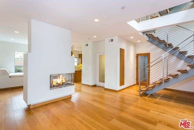 Property at 126 Pacific St, 4 Santa Monica