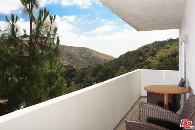 12. Rentals at Beverly Hills