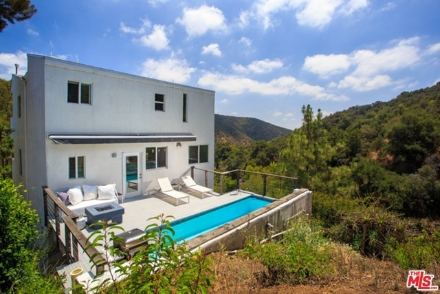 7. Rentals at Beverly Hills