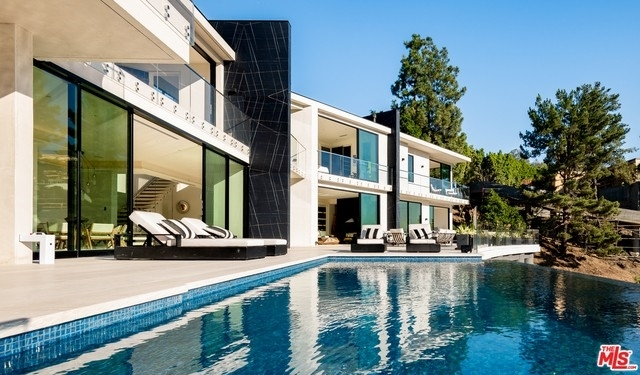 31. Single Family Homes for Sale at Bel Air, Los Angeles, CA 90077