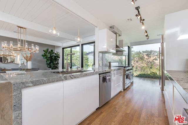 7. Rentals at Brentwood, Los Angeles