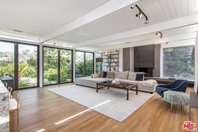 4. Rentals at Brentwood, Los Angeles