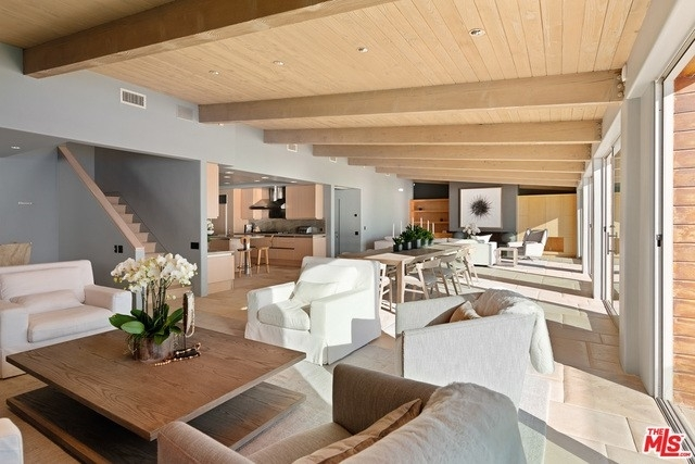 21. Single Family Homes 為 特賣 在 Eastern Malibu, Malibu, CA 90265