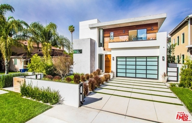 1. Rentals at Sherman Oaks