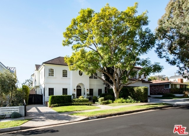 Single Family Home at Pacific Palisades
