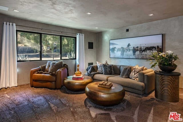 11. Single Family Homes for Sale at Serra Retreat, Malibu, CA 90265