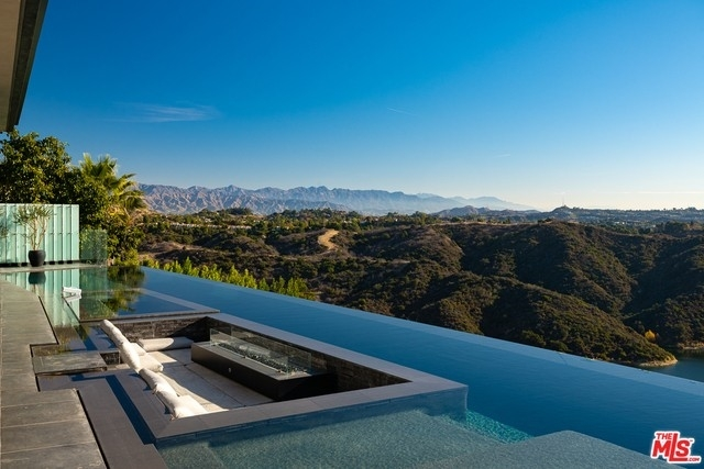 Single Family Home for Sale at Bel Air, Los Angeles, CA 90077