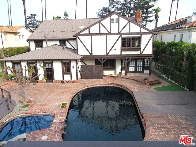 6. Rentals at Beverly Hills