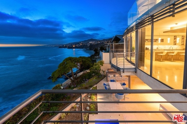 7. Single Family Homes for Sale at Three Arch Bay, Laguna Beach, CA 92651