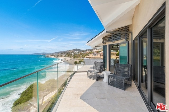 28. Single Family Homes for Sale at Three Arch Bay, Laguna Beach, CA 92651