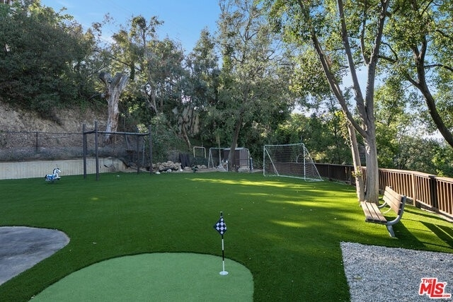 23. Single Family Homes for Sale at Beverly Hills, CA 90210