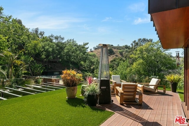 14. Single Family Homes for Sale at Beverly Hills, CA 90210