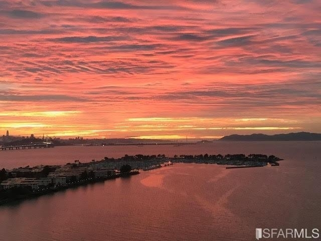 Property 在 North Bayfront, Emeryville, CA 94608