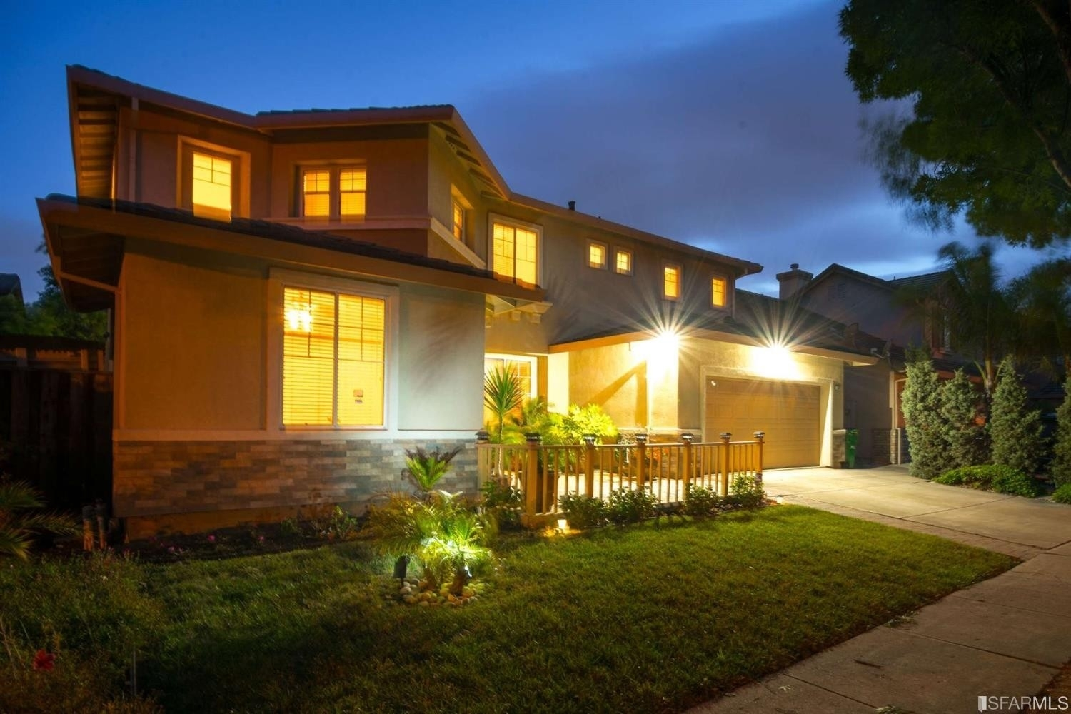 Single Family Home for Sale at Fairway Prk, Hayward, CA 94544
