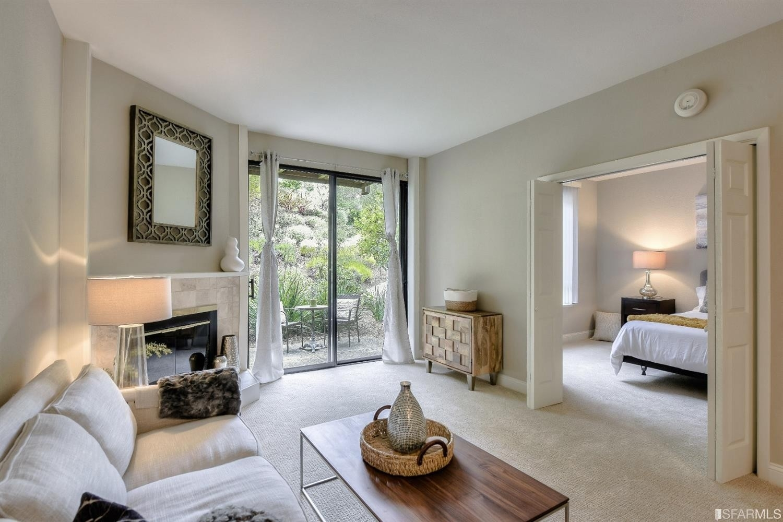 2. Condominiums для того Продажа на Shelter Ridge, Mill Valley, CA 94901