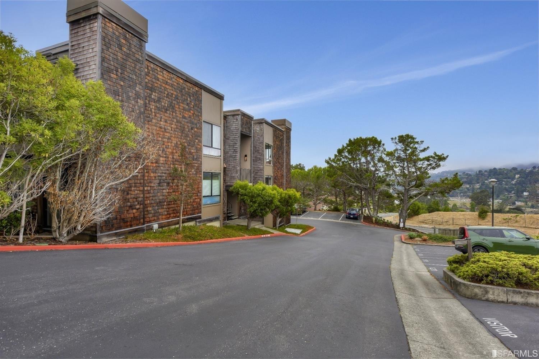 35. Condominiums для того Продажа на Shelter Ridge, Mill Valley, CA 94901