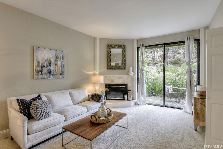1. Condominiums для того Продажа на Shelter Ridge, Mill Valley, CA 94901