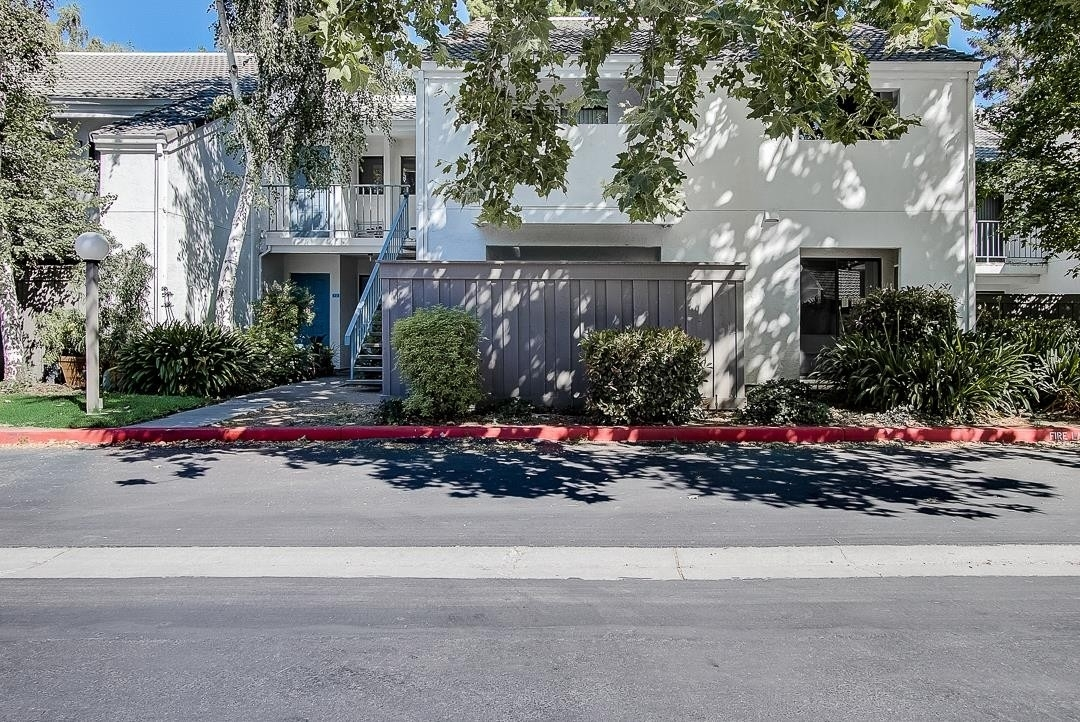 27. Single Family Homes for Sale at 1055 Capitol Avenue, 75 Rymar, San Jose, CA 95133