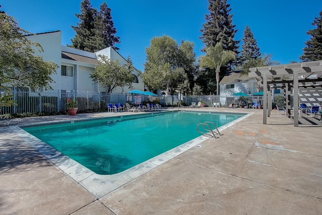36. Single Family Homes for Sale at 1055 Capitol Avenue, 75 Rymar, San Jose, CA 95133