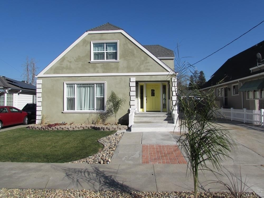 Single Family Home for Sale at Cherryland, Hayward, CA 94541