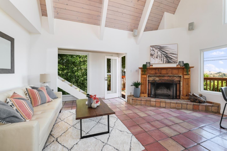 Property в Mill Valley, CA 94941