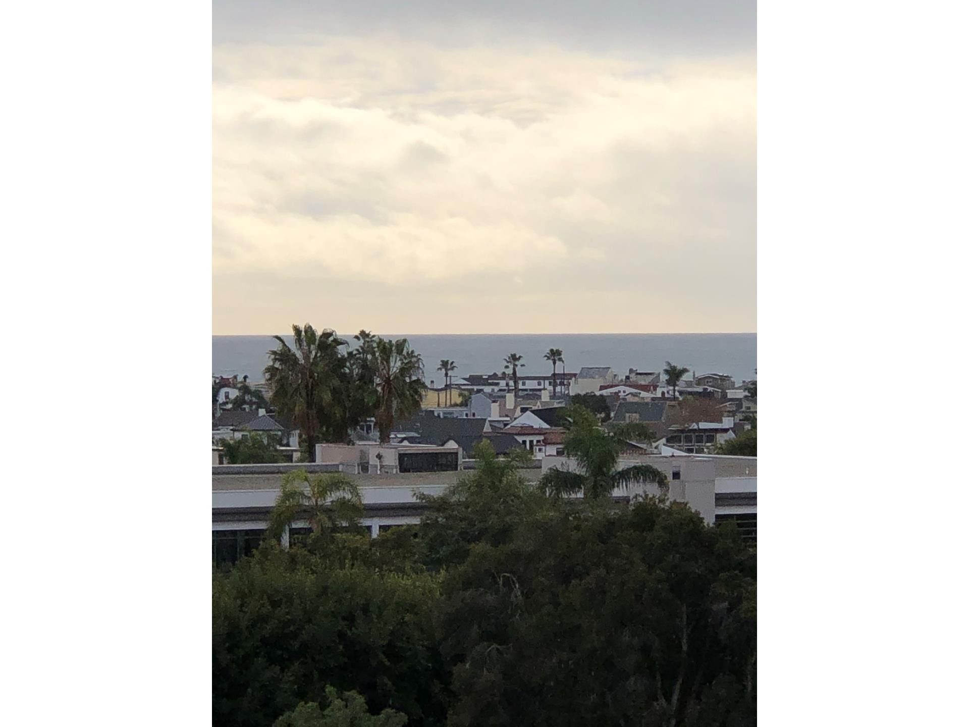 Property en 280 Cagney Lane, 212 Newport Beach, CA 92663