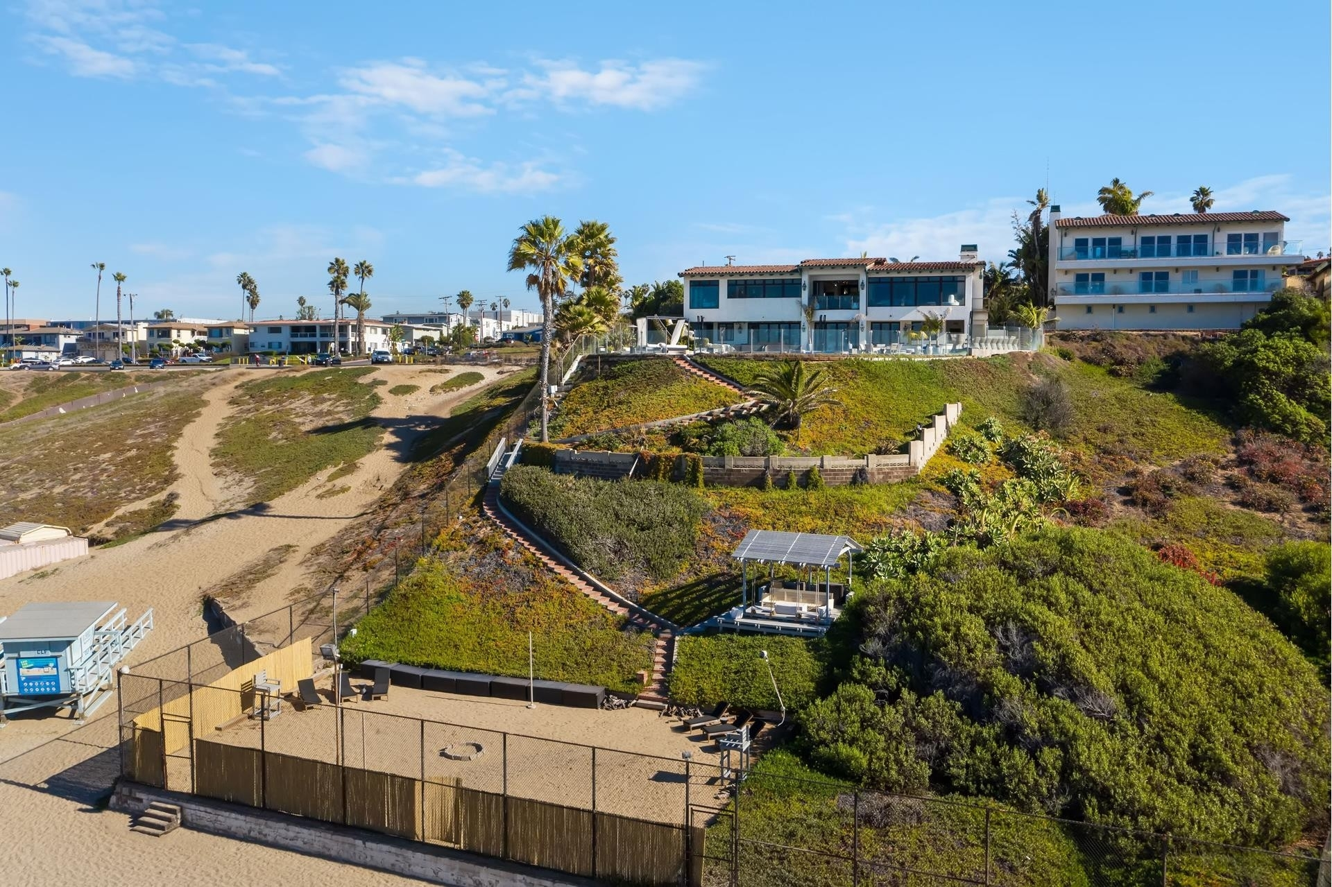 9. Single Family Homes pour l Vente à Redondo Beach, CA 90277