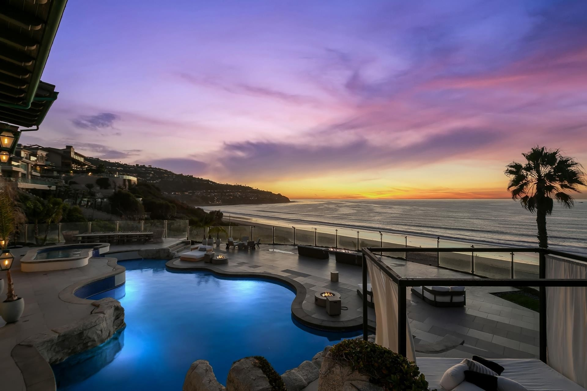 6. Single Family Homes pour l Vente à Redondo Beach, CA 90277