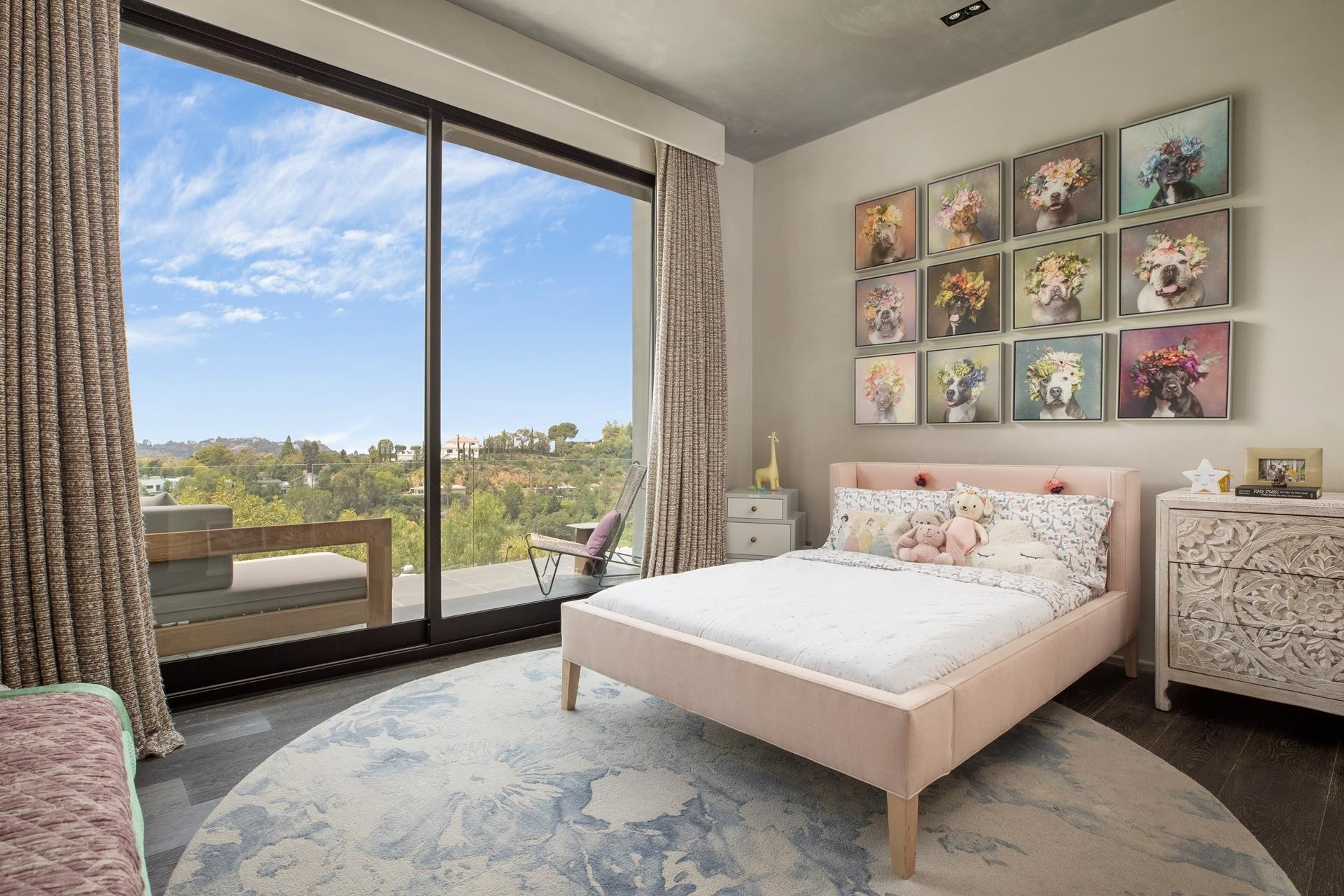 30. Single Family Homes for Sale at Beverly Hills, CA 90210