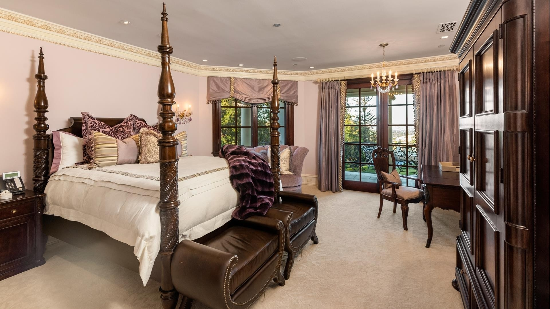 21. Single Family Homes for Sale at The Oaks, Calabasas, CA 91302